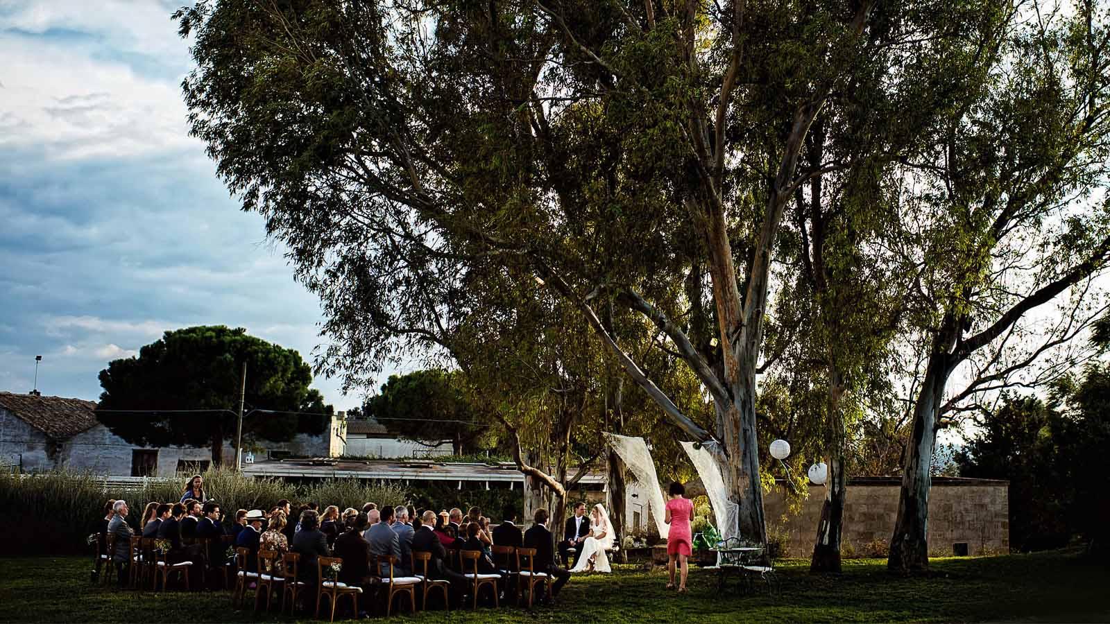 sud-experience-organizzazione-progettazione-matrimoni-eventi-aziendali-feste-private-incentive-sud-italia-puglia-location-borgo-valle-rita-rito-civile-quercia